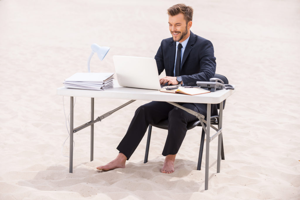 workforce 2020 beach desk